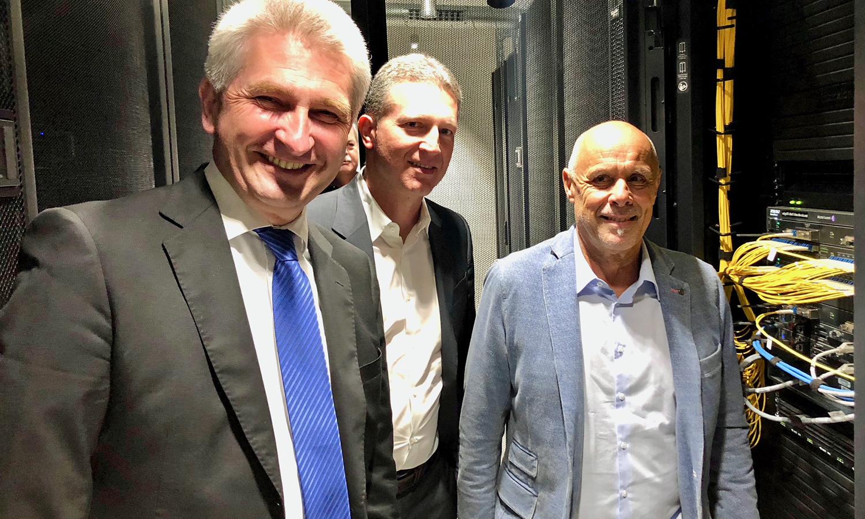 Harald A. Summa + Prof. Dr. Andreas Pinkwart zu Besuch bei DE-CIX Düsseldorf