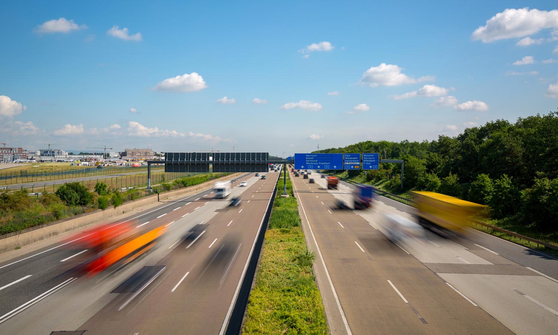 Harald A. Summa + Autobahn